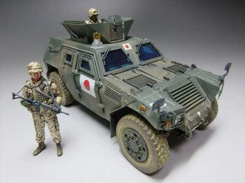 1.35 陸自 軽装甲機動車 ジブチ派遣仕様_R.JPG